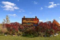Entrada del parque de estado del Maplewood Fotografía de archivo libre de regalías