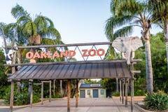 Entrada del parque zoológico de Oakland Imágenes de archivo libres de regalías