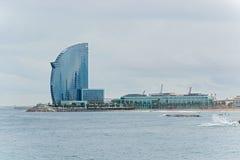 Entrada del puerto y hotel de W Barcelona Fotografía de archivo libre de regalías