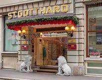 Entrada del St Gotthard del hotel en Zurich foto de archivo