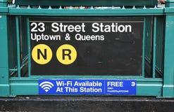 Entrada del subterráneo en la 23ro calle en NYC Fotografía de archivo