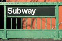 Entrada del subterráneo - estilo de New York City imagen de archivo