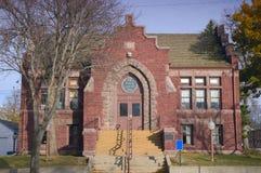 Entrada delantera de la biblioteca pública Fotos de archivo libres de regalías