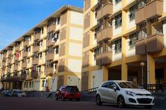 Entrada delantera del apartamento en el día Fotos de archivo