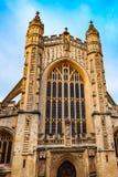 Entrada dianteira da herança BRITÂNICA abby antiga de Inglaterra somerset da arquitetura da igreja da catedral do banho no dia imagem de stock