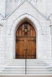 Entrada dianteira da igreja foto de stock