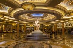 Entrada do Caesars Palace em Las Vegas, nanovolt o 26 de junho de 2013 fotos de stock