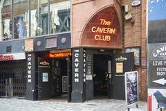 A entrada do clube da caverna Imagens de Stock Royalty Free