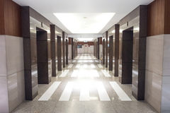 Entrada do elevador na perspectiva fotografia de stock royalty free
