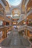 A entrada do fórum compra em Las Vegas fotografia de stock