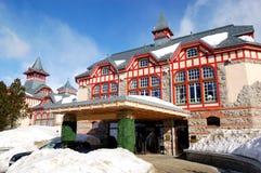 Entrada do hotel de luxo em Strbske Pleso imagens de stock