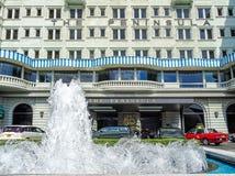 Entrada do hotel de luxo tradicional ?a pen?nsula ?em Hong Kong imagens de stock royalty free