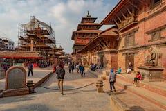 A entrada do quadrado de Durbar de Patan fotos de stock