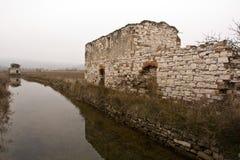 Entrada en un pueblo fantasma Imagenes de archivo