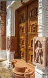 Entrada hermosa a Tempel Jain Fotos de archivo libres de regalías