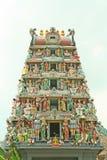 Entrada india del templo con dioses hindúes Fotos de archivo libres de regalías