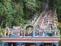 Entrada indiana da entrada do templo à caverna de Batu Imagem de Stock Royalty Free