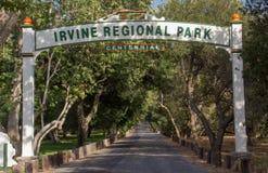 Entrada a Irvine Regional Park imagens de stock royalty free