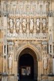Entrada a la catedral de Gloucester imagen de archivo