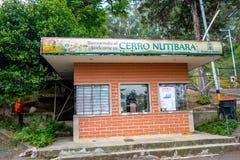 Entrada a la colina de Nutibara, ciudad de Medellin, Colombia Imágenes de archivo libres de regalías