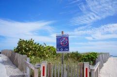 Entrada a la playa del sur de Miami, Estados Unidos imágenes de archivo libres de regalías