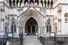 Entrada a los Tribunales de Justicia reales foto de archivo libre de regalías