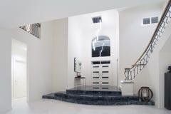 Entrada luxuosa da mansão Imagem de Stock Royalty Free