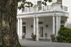 Entrada majestuosa de la mansión Foto de archivo libre de regalías