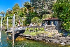 Entrada na ilha uma de Madre das ilhas de Borromean do lago Maggiore em Itália norte Imagens de Stock