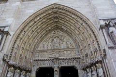 Entrada principal de Notre Dame de Paris Imagenes de archivo