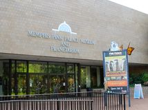 Entrada principal en Memphis Pink Palace Museum Imagenes de archivo