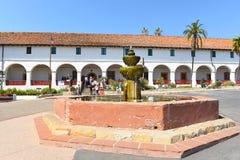 Entrada Santa Barbara Mission del museo Imagenes de archivo