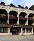 Entrada a una oficina del banco cantonal de Obwalden Foto de archivo libre de regalías