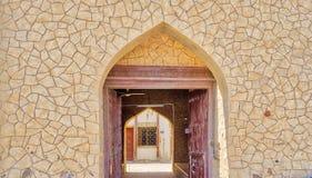 Entrada velha, árabe do estilo à casa Fotos de Stock Royalty Free