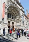 Entrada a Victoria y a Albert Museum fotos de archivo libres de regalías