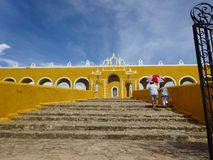 Entrance of a church in Yucatan Royalty Free Stock Photos