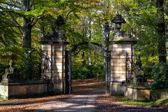 The entrance gate to the castle Royalty Free Stock Images