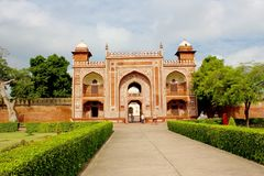 Entrance gate to Humayun's Tomb. Humayun's tomb is the tomb of the Mughal Emperor Humayun in Delhi, India. The tomb was commissioned by Humayun's first wife Bega Stock Photo