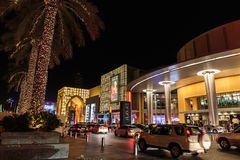 Entrance to Dubai Mall at night Stock Photography
