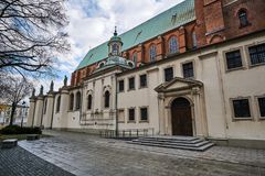 Entrance to the Gothic cathedral. During autumn in Gniezno Royalty Free Stock Photos