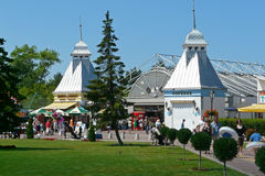 Entrance to the Pleasure pier in Międzyzdroje on the Polish isl Royalty Free Stock Photos