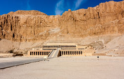 The entrance to Queen Hatshepsut'stemple in Luxor, Egypt. The entrance to the desert temple of Queen Hatshepsut near the Egyptian city of Luxor royalty free stock images