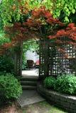 entrance uteplatsen till Arkivfoton