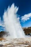 Entrando em erupção o geyser II Fotografia de Stock Royalty Free