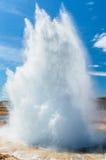 Entrando em erupção o geyser IV Imagens de Stock Royalty Free