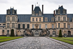Entrata al chateau de Fontainebleau, Parigi Fotografia Stock Libera da Diritti