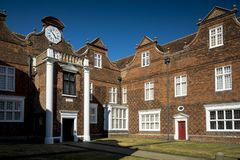 Entrata al palazzo di Christchurch in motivi del parco in Suffolk di Ipswich immagini stock