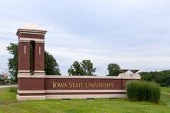 Entrata all'università di Stato di Iowa Fotografia Stock Libera da Diritti