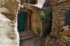 Entrata alla chiesa di Yohannes Meaquddi in Etiopia Immagine Stock Libera da Diritti