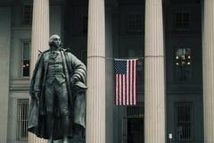 Entrata alla costruzione di Ministero del Tesoro degli Stati Uniti fotografie stock